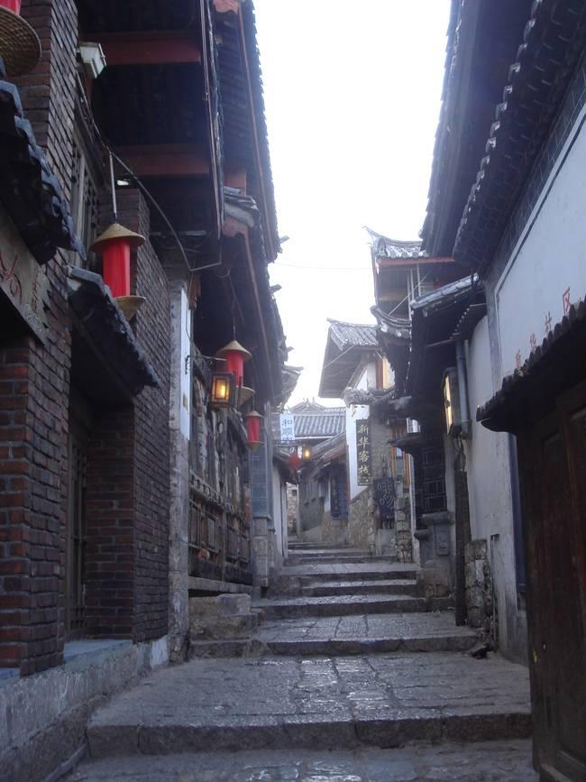 游丽江古城